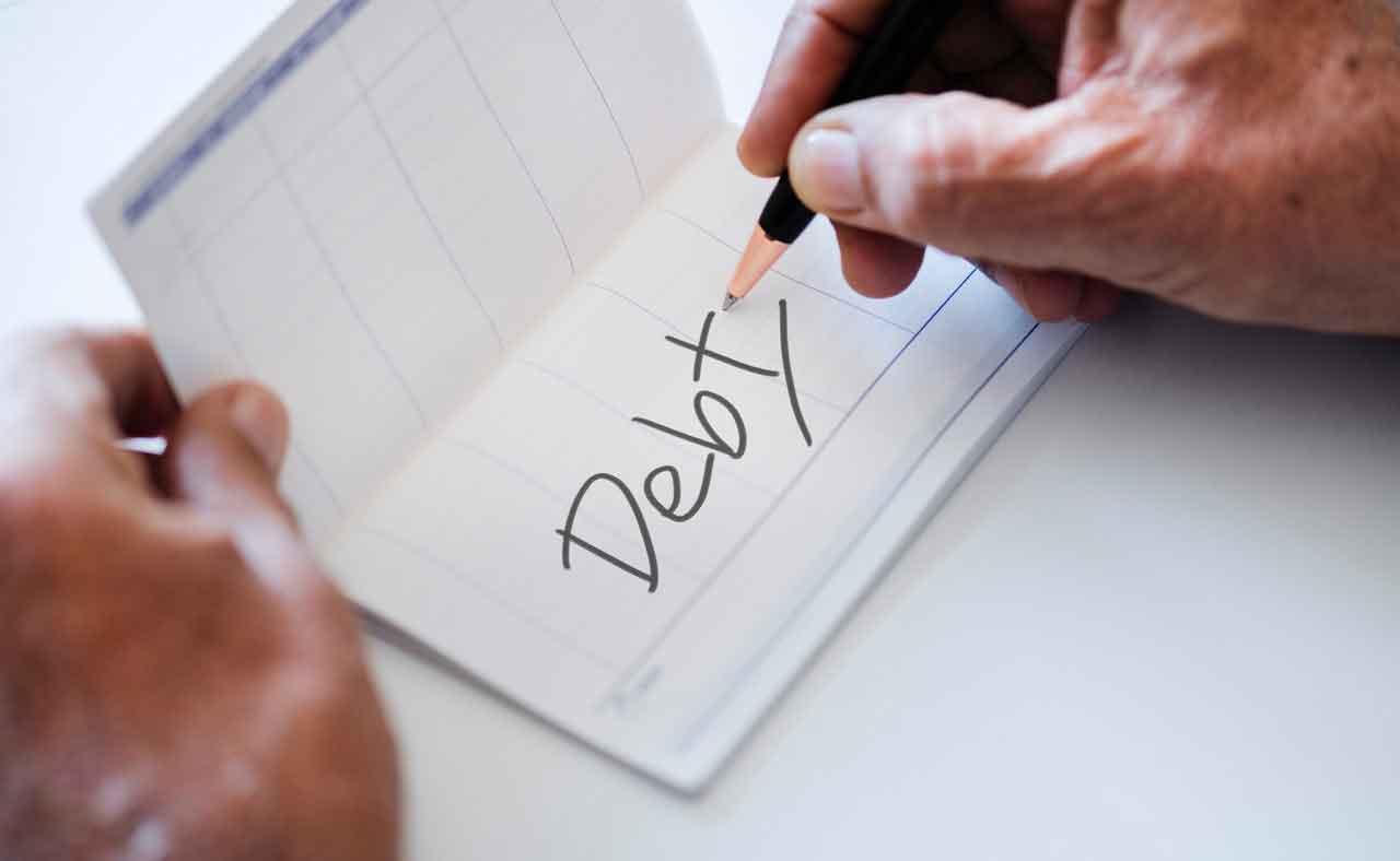 お金を貸したのに返してくれない……債権回収を依頼しよう